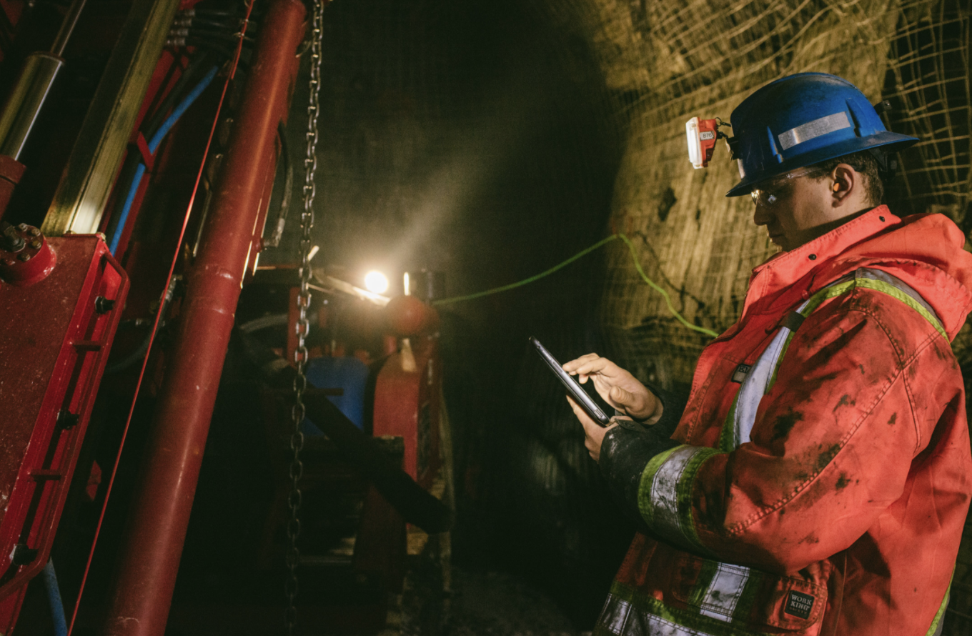 Wireless Radio Networks Save Miners Every Day